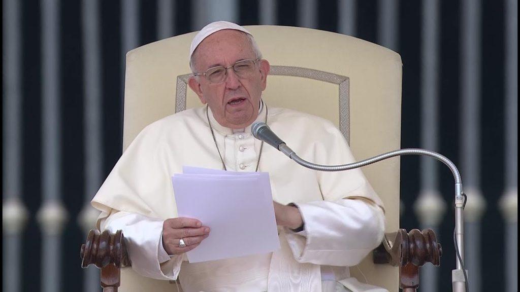 Paus-Fransiskus-13-12-18.jpg